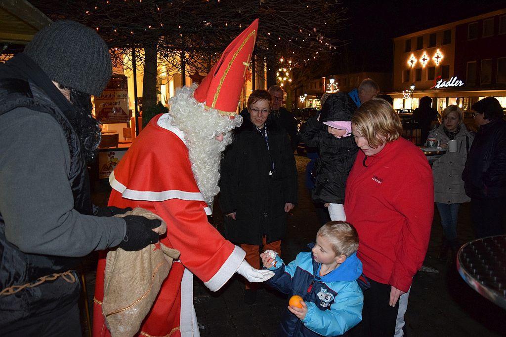 Nikolaus besuchte die Marktgemeinde
